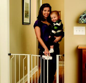 Regalo嬰兒安全圍門 – 亞馬遜Baby熱銷商品推薦